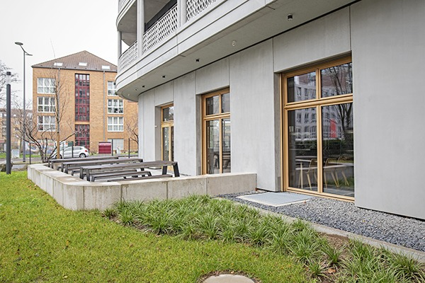 Die Rocholl GmbH ist Ihr Experte für Gartenbau, Landschaftsbau, Tiefbau und Sportplatzbau aus Krefeld.